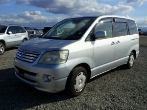 japan cars used 2003 Toyota NOAH