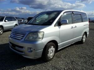 japan cars used 2003 Toyota NOAH